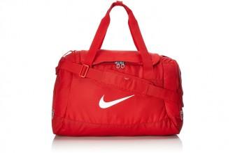 Nike Club Team Swoosh Duffel : Un sac de voyage adapté à tous les usages